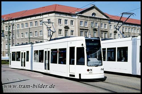 309-2002-07-08-1-Friedrichstraße