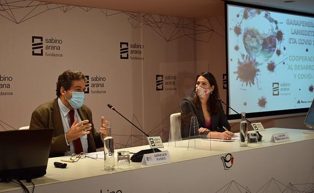 Photo:Gonzalo Fanjul, director de Análisis de Políticas, ISGlobal y Leizuri Arrizabalaga, parlamentaria vasca By sabinoaranafundazioa