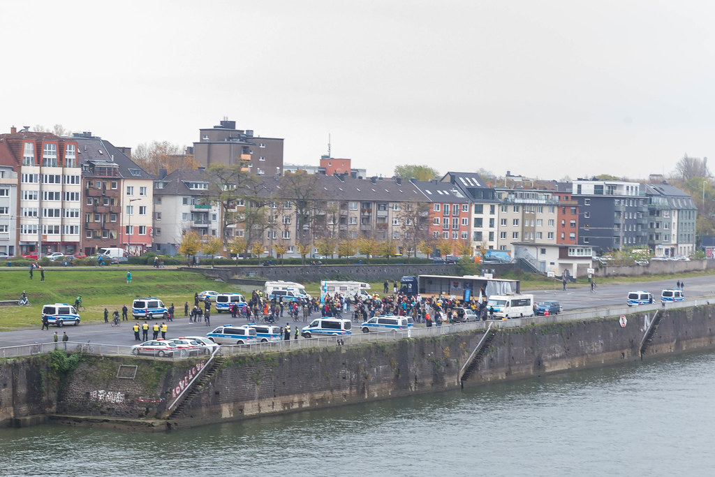 View of the Deutz shipyard in Cologne: many police vehicles at the anti-pandemic restrictions demo
