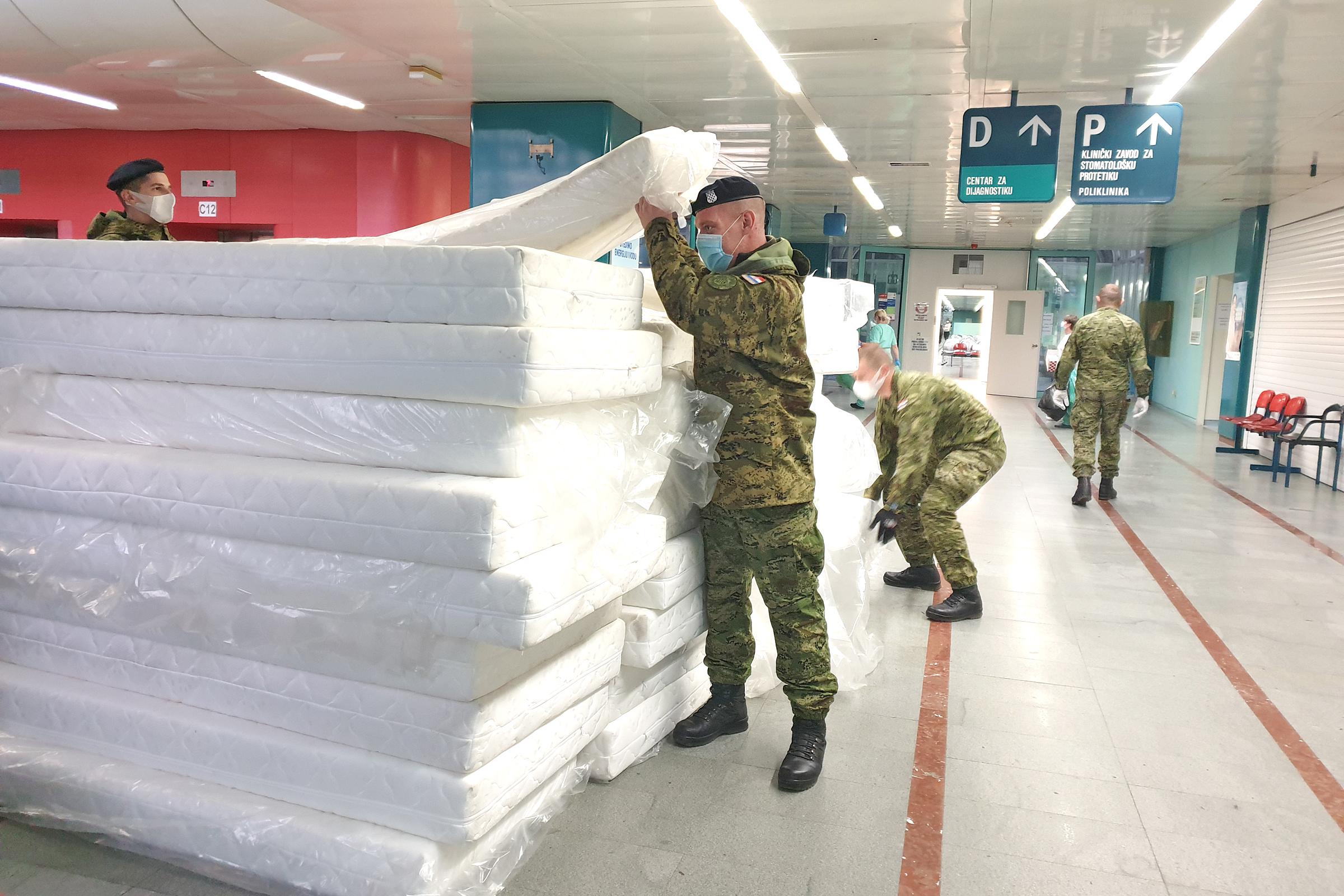 Hrvatska vojska postavila dodatne krevete u KB Dubrava