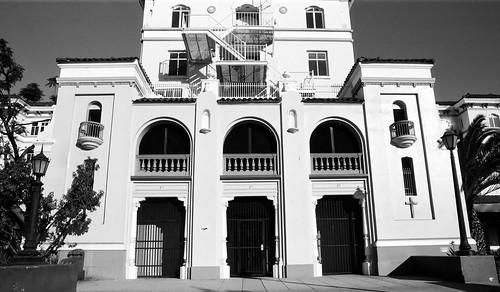Hollywood Presbyterian (2)