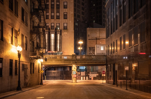 Man on the bridge, Chicago