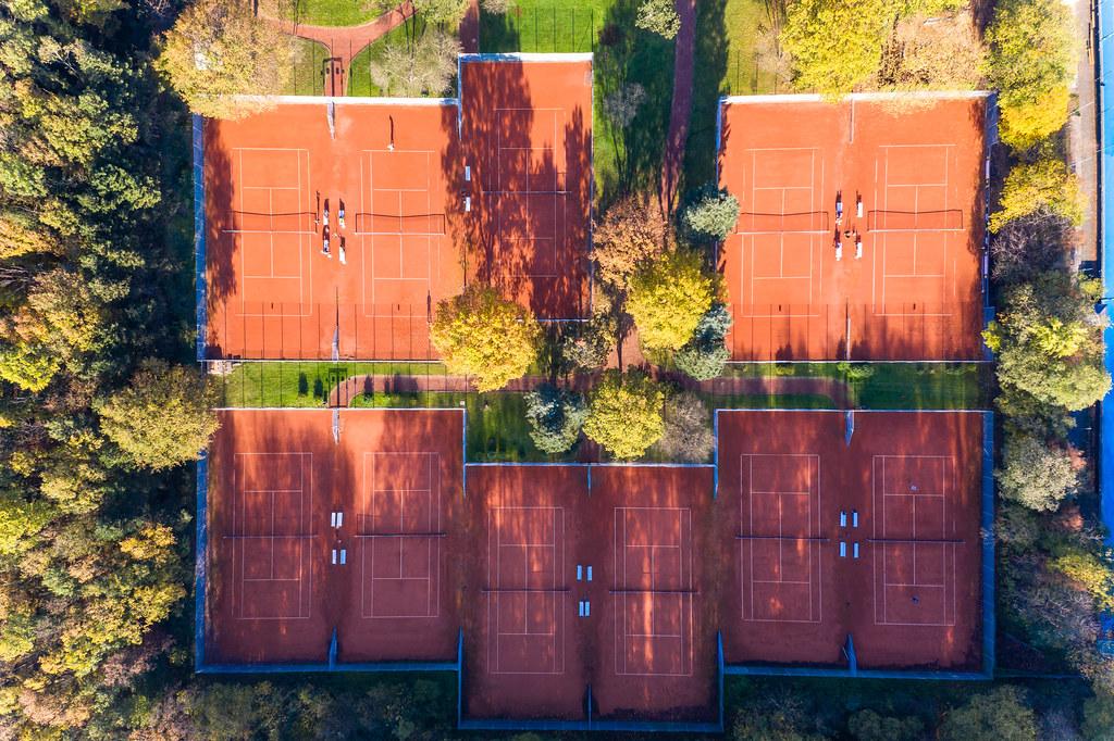 Tennisplätze des Marienburger Sport-Club 1920 e.V. im Forstbotanischen Garten und Friedenswald in der Vogelperspektive