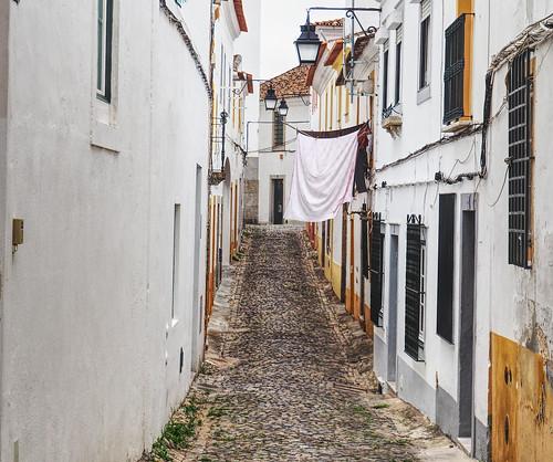 A walk in Evora