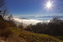 De la brume émerge le pic de Rébénacq