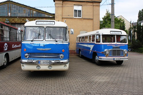 Wolf & Helke Z-IK 55 H (Ikarus 55.52; ex GC-IK 58 H; 1969) + Z-IK 311 H (Ikarus 311.51; 1968)