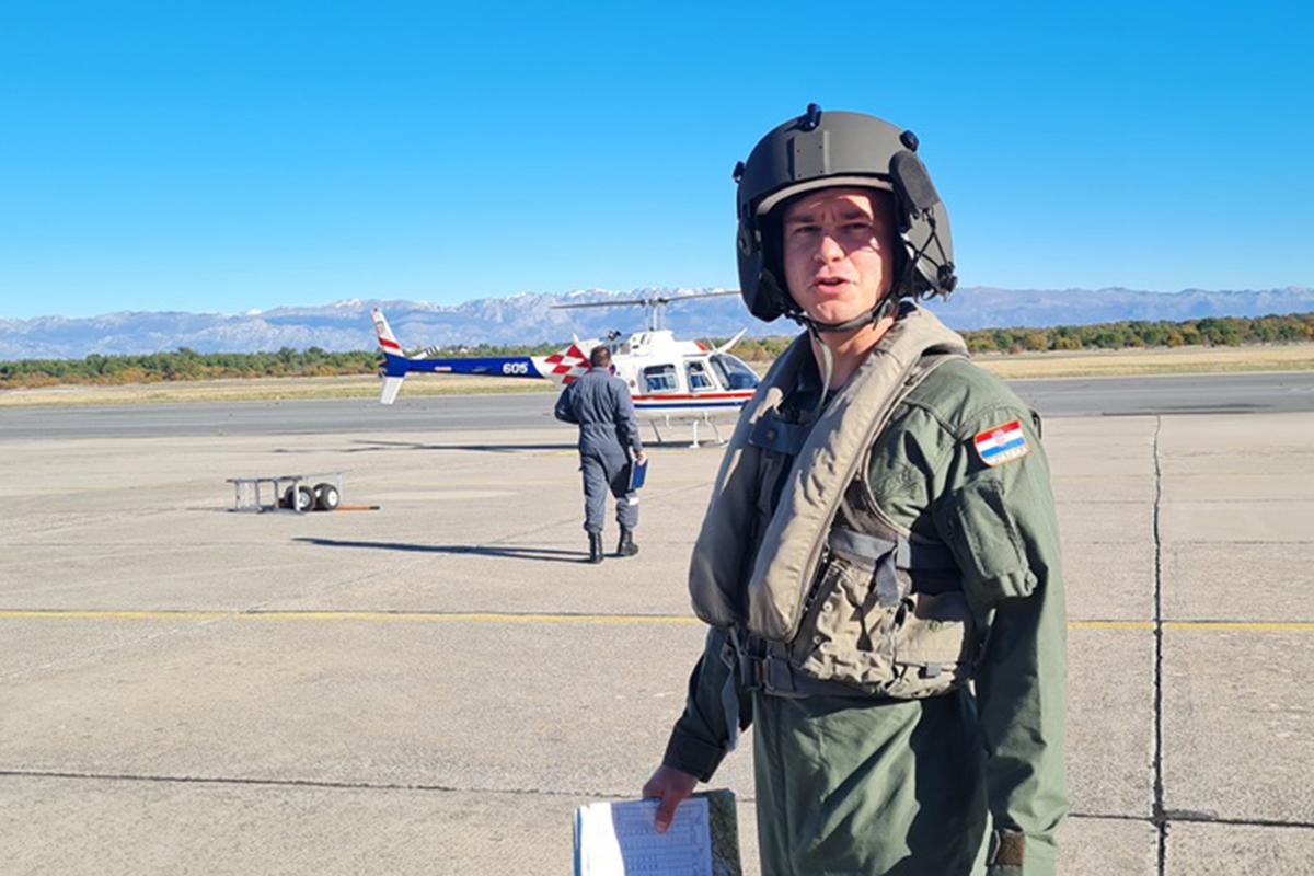 Započela letačka obuka 26. naraštaja na helikopterima Bell-206B