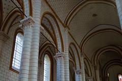 3385 Eglise Saint-Pierre de Chauvigny