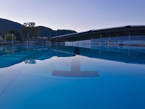 Swimming pool (1452)