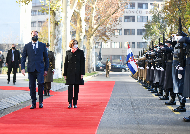 Ministar Banožić s francuskom ministricom Oružanih snaga Parly