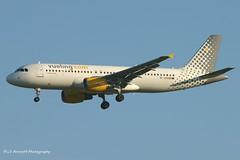 EC-JDO_A320_Vueling_-