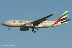 A6-EKW_A332_Emirates_-