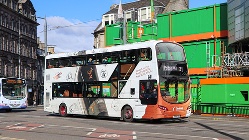 Lothian 421 BN64CSU