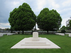 Tournai: Tournai Communal Cemetery Allied Extension (Hainaut)