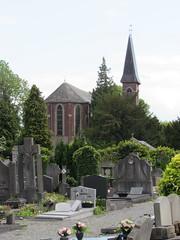Tournai: Tournai Communal Cemetery (Hainaut)