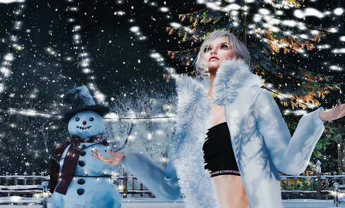 With cute snowman<3