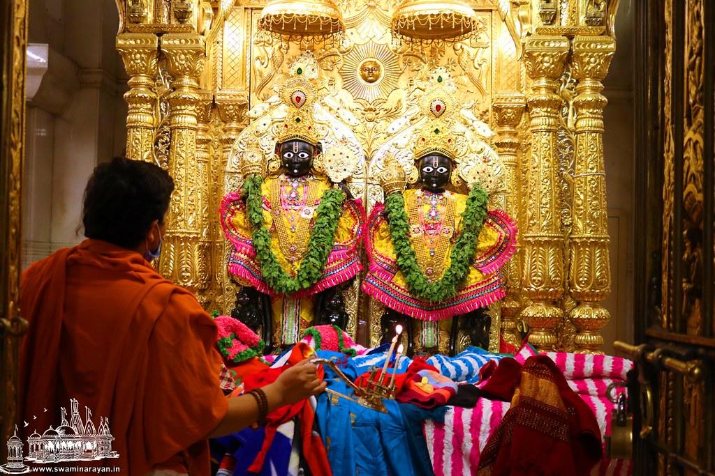 Dev Prabhodini Ekadashi - Kalupur Mandir