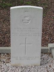 Achiet-le-Grand: Achiet-le-Grand Communal Cemetery (Pas-de-Calais)