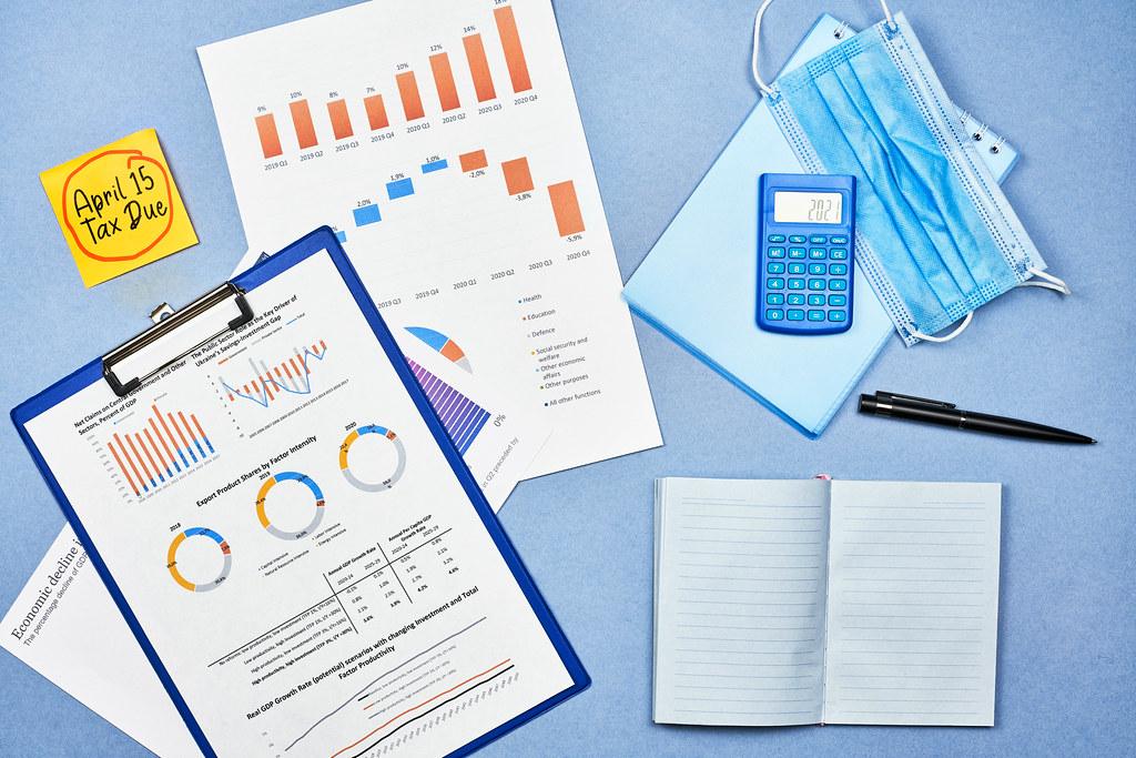 April 15 - Tax due concept