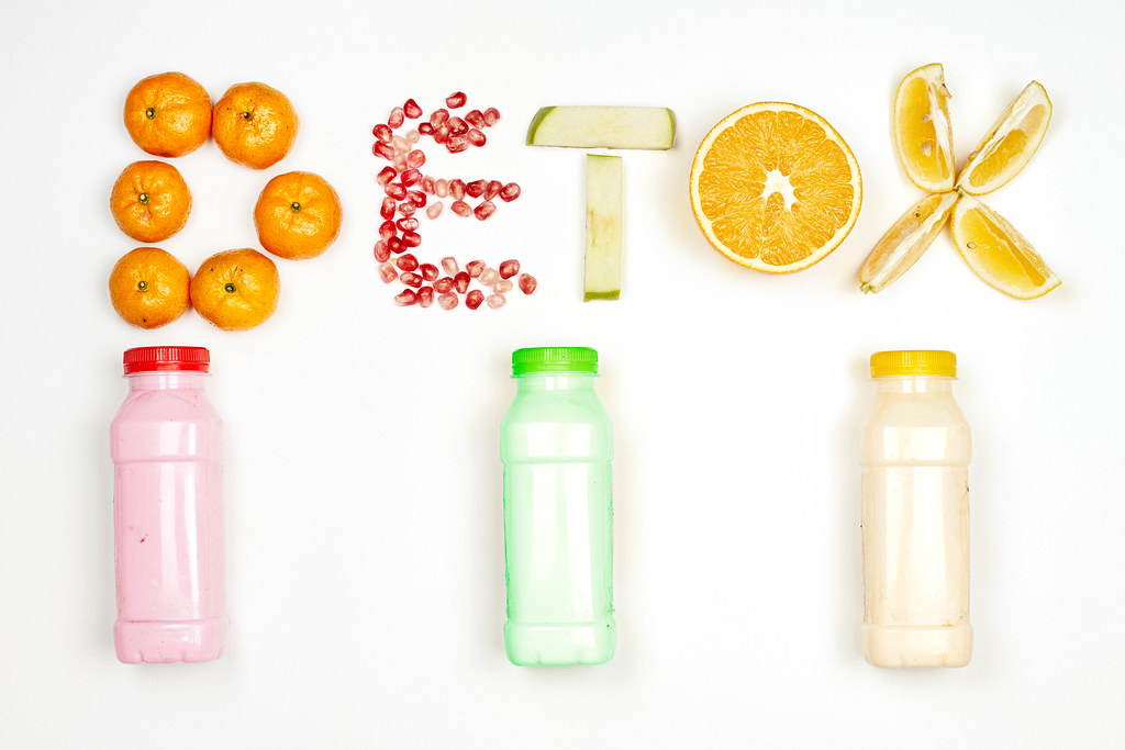 Fat burning and detox smoothies