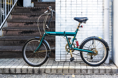 Mini velo on Harajuku street : 原宿通りのミニベロ