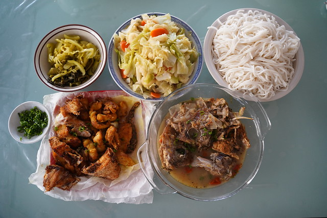 Photo:Aunt Lee Geok's fish head noodle soup, Julia's cabbage cauliflower carrot By avlxyz