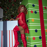 Honey in Santa Monica and Grove Xmas-344