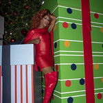 Honey in Santa Monica and Grove Xmas-351