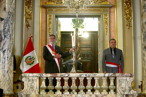 El presidente de la República, Francisco Sagasti, tomó juramento a Cluber Fernando Aliaga Lodtmann como nuevo ministro del Interior, en ceremonia realizada en Palacio de Gobierno.