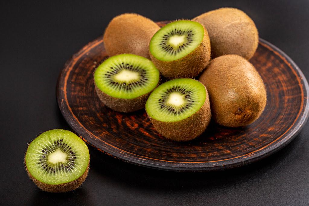 Background of fresh ripe kiwi fruit