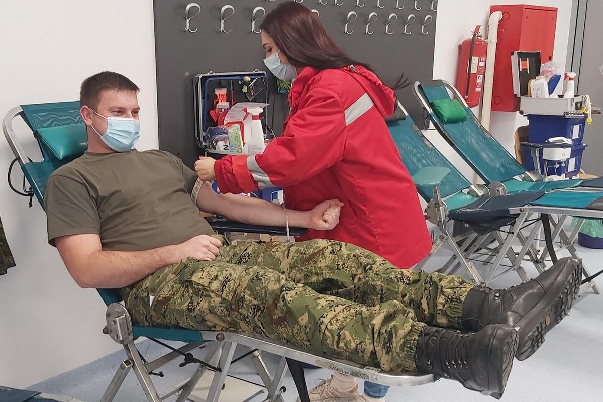 Tigrovi i Gromovi darivali krv u Petrinji