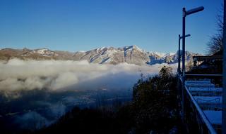 2020 12 3 Alta Valle Intelvi Località Lanzo belvedere, sotto le nuvole Oria (Piccolo Mondo antico - Fogazzaro)