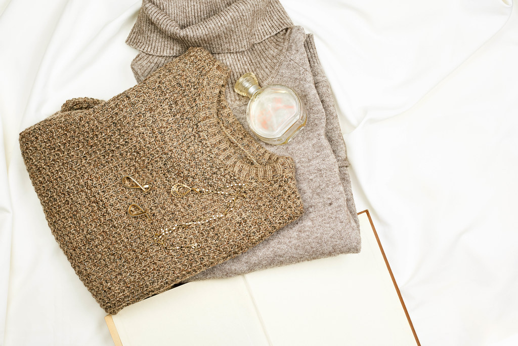 Knitted winter sweaters with perfume and jewelry