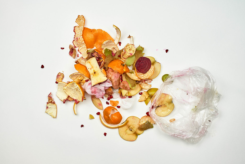 Domestic waste for compost from fruits and vegetables