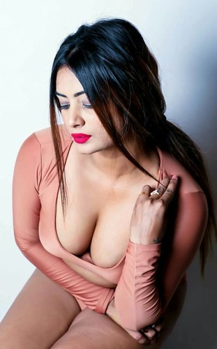 Hot Girls for dating in Abu Dhabi +971566749083