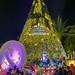 Massive X'mas tree at Vivo City