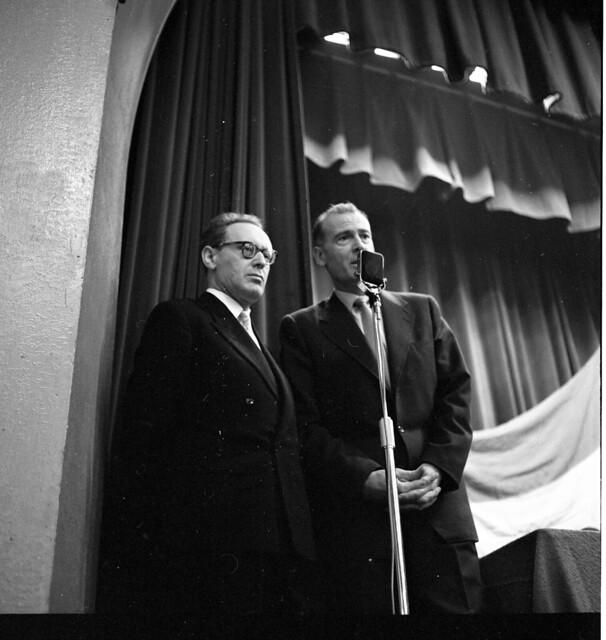 Photo:15-01 Oct 26 - Nov 15 1958 V&D simultaantoernee geleen? Mikhail Botvinnik introduced By blacque_jacques