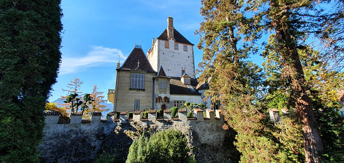 Suisse - Berne - Lac de Thoune - Oberhofen - Le château