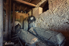 UE: Timeless Coffins