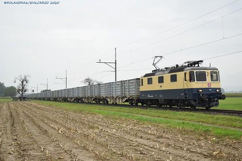 IRSI Re 421 387 @ Kallnach