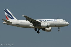 F-GPMH_A319_Air France_- - Photo of Fresnes