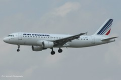 F-GHQJ_A320_Air France_- - Photo of Étiolles