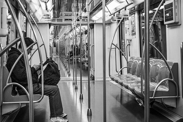 20201218_F0001: Early Shanghai morning in the metro