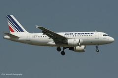 F-GRHG_A319_Air France_old cs - Photo of Grigny