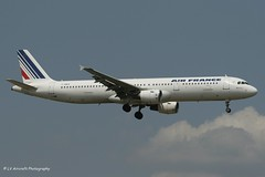 F-GMZA_A321_Air France_- - Photo of Grigny