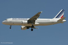 F-GLGH_A320_Air France_- - Photo of Charny