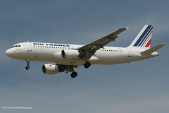 F-GKXI_A320_Air France_- - Photo of Charny