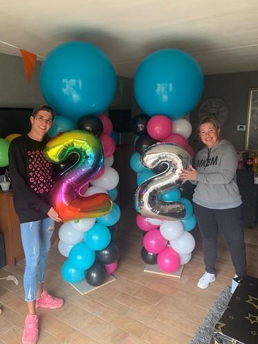 Ballonpilaar Breed Rond Tiktok Verjaardag Quincy Voorhout 22 Jaar