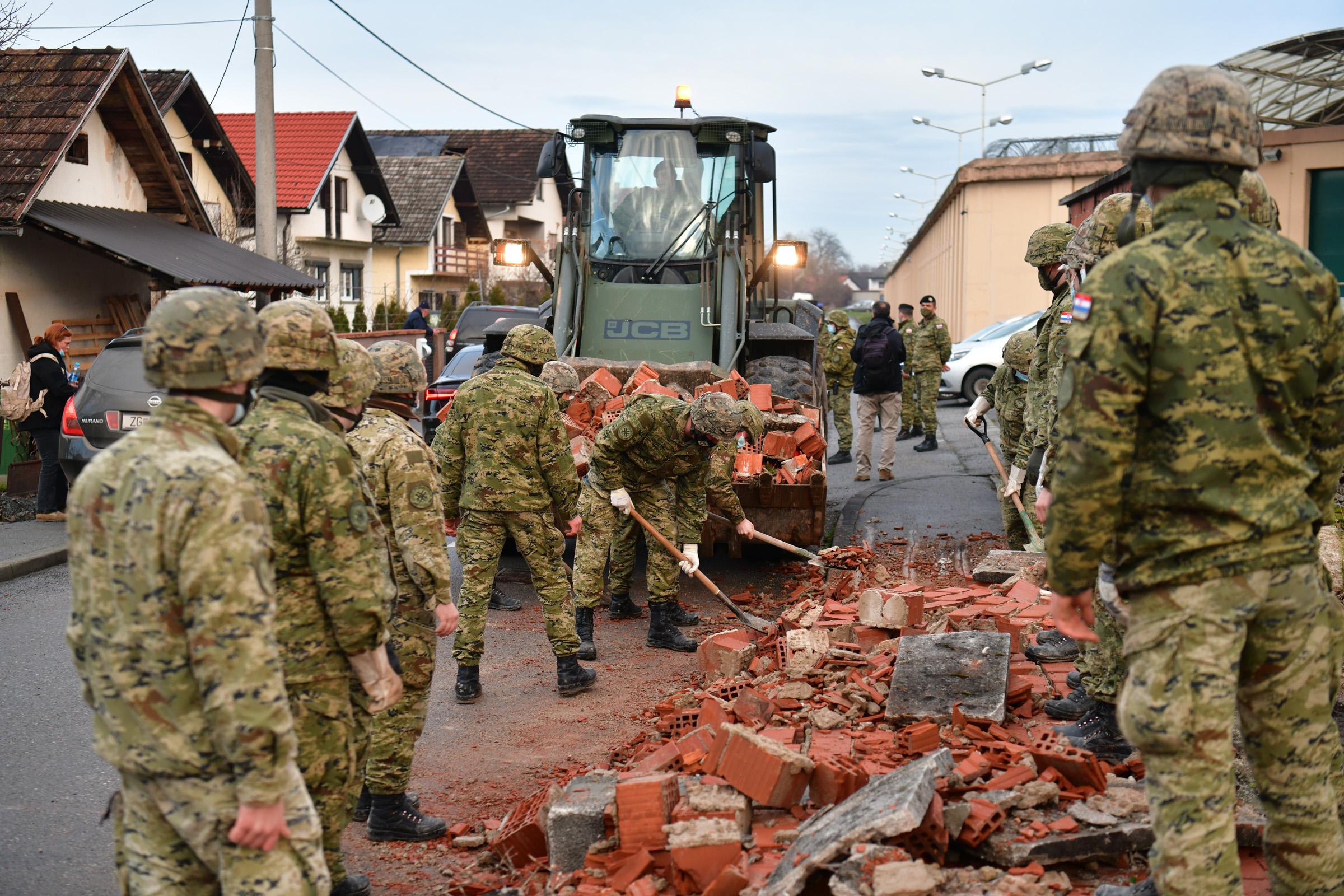 HRZ pruža potporu potresom pogođenom području