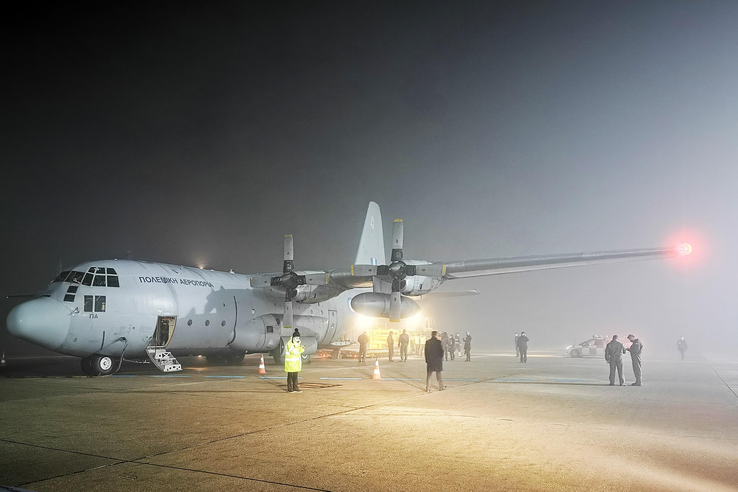 Avionom Helenskog ratnog zrakoplovstva u RH stigla humanitarna pomoć